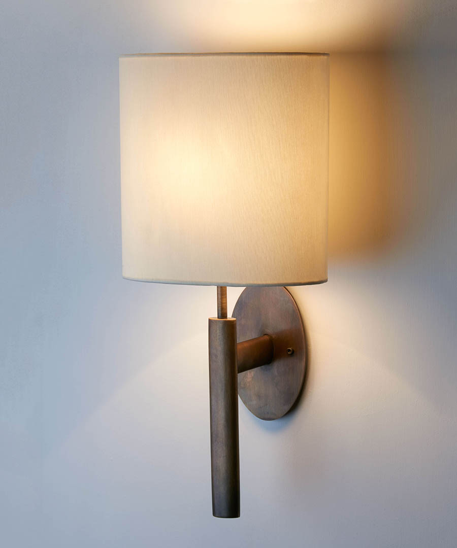 Kepler wall light, elliptical base and stem in antique brass - Chad Lighting