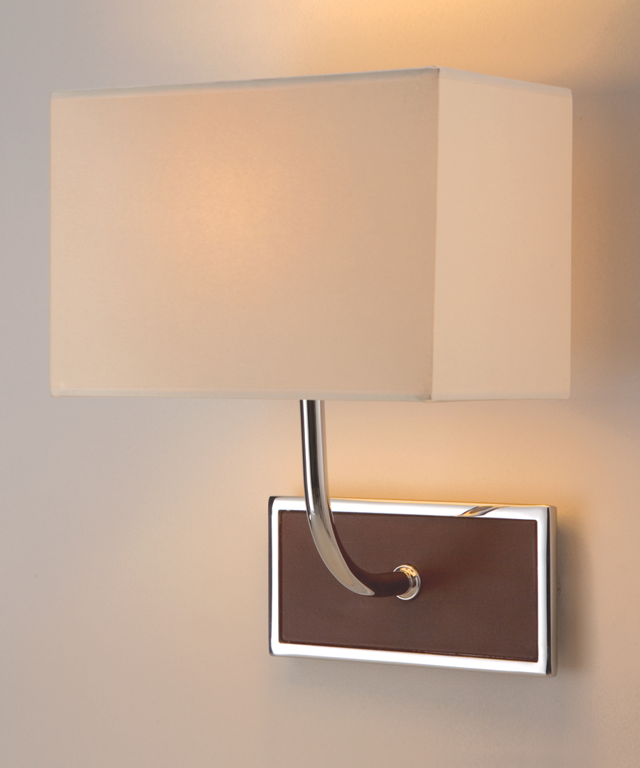 Pisa wall light, with leather in a chrome plated horizontal frame, brown - Chad Lighting